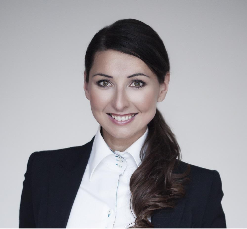 Dagmara Lacka, CEO & Co-Founder of Flow City - logo